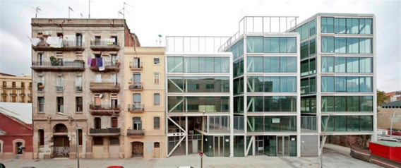 plug-in-building-barcelona-02